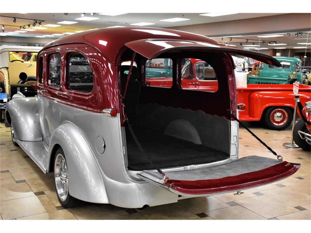 Large Picture of Classic '46 Suburban located in Florida - Q6O2