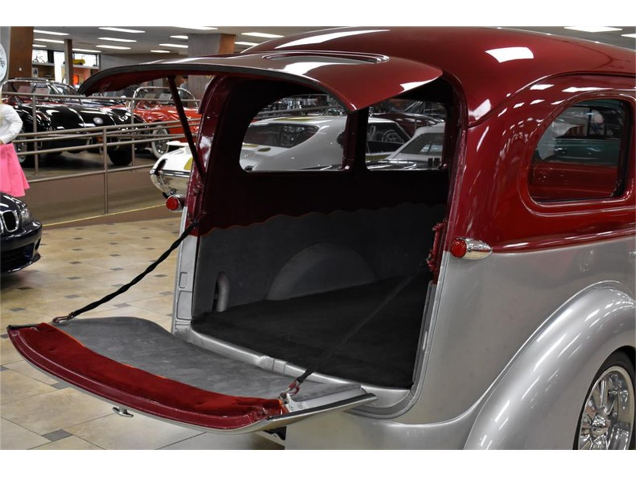Large Picture of 1946 Chevrolet Suburban located in Venice Florida Auction Vehicle - Q6O2