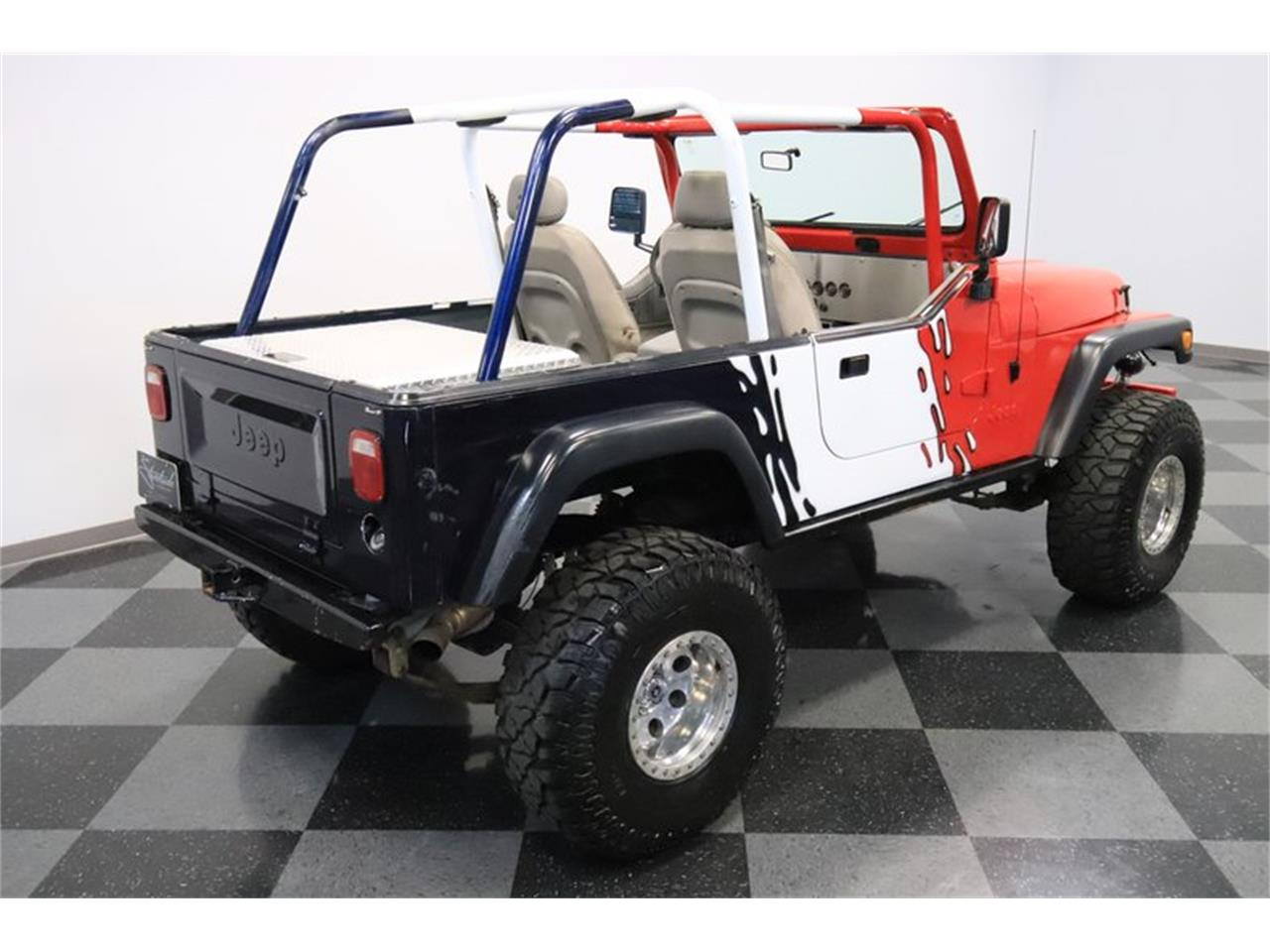 Large Picture of 1983 CJ8 Scrambler Offered by Streetside Classics - Phoenix - Q5HM