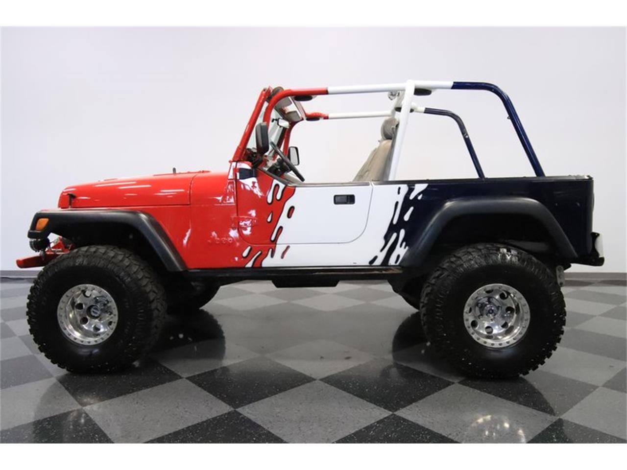 Large Picture of 1983 CJ8 Scrambler located in Mesa Arizona Offered by Streetside Classics - Phoenix - Q5HM