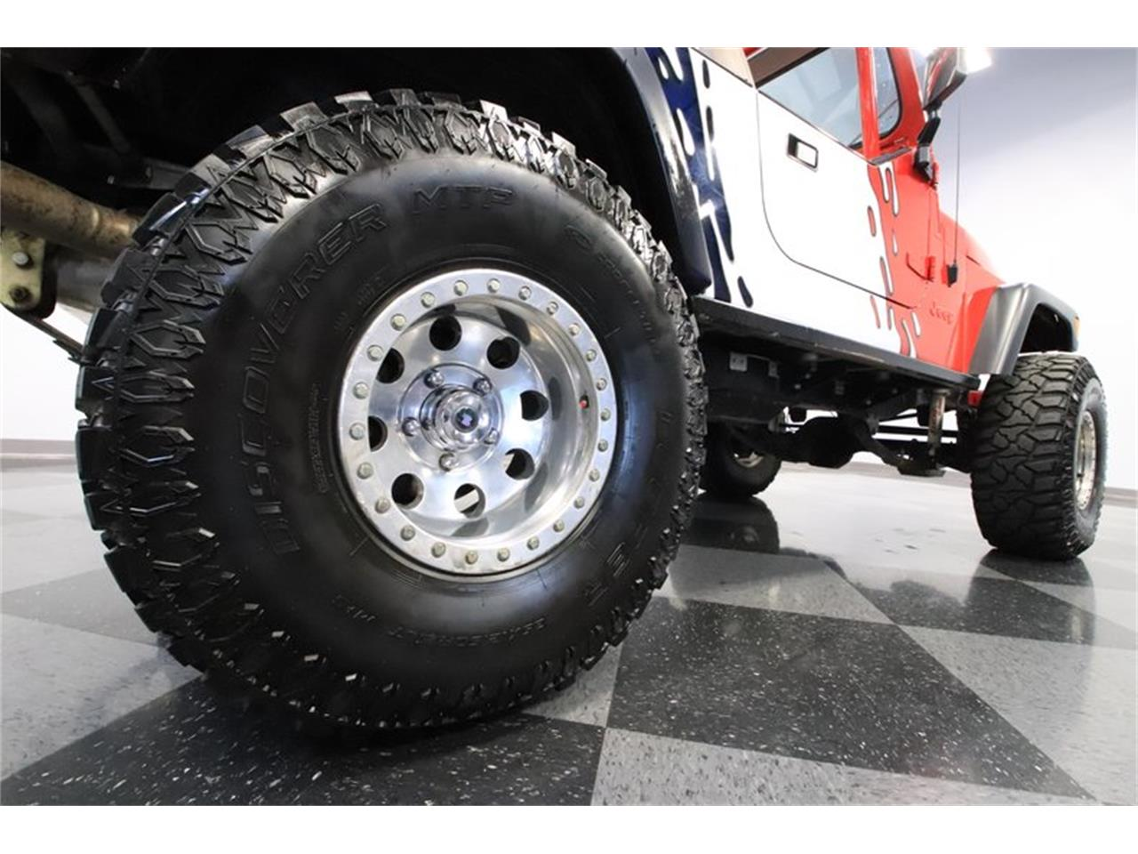 Large Picture of '83 Jeep CJ8 Scrambler - $36,995.00 - Q5HM