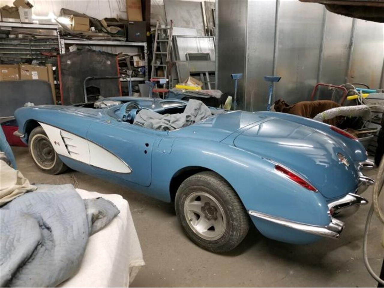 Large Picture of '60 Corvette - Q6PQ