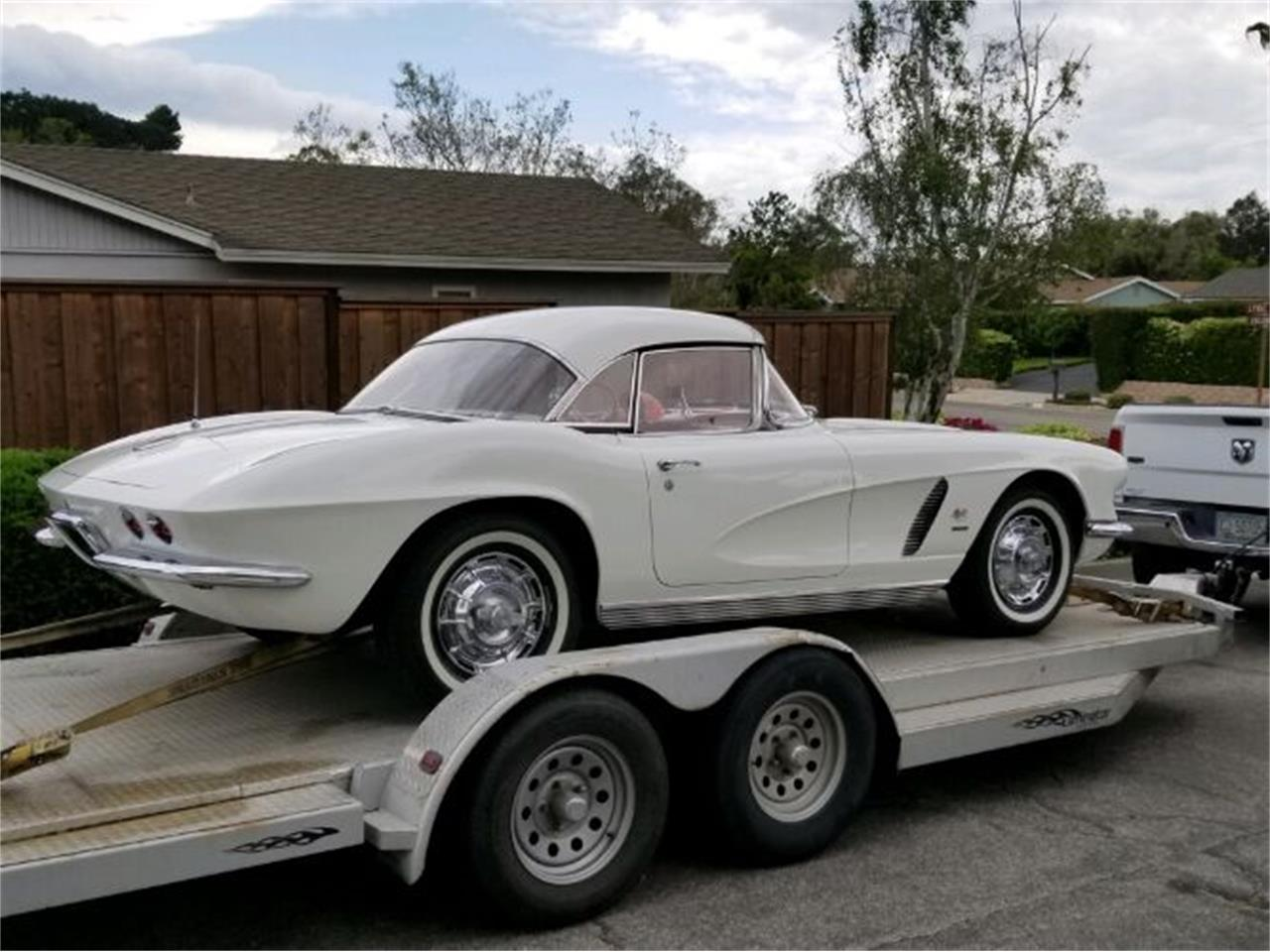 Large Picture of '62 Corvette - Q6PS