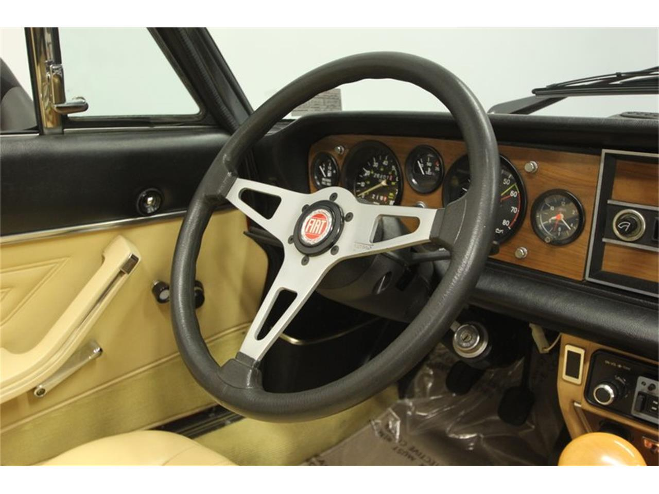 Large Picture of '80 Fiat Spider - Q5HU