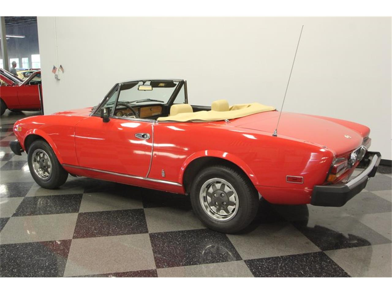 Large Picture of 1980 Fiat Spider - Q5HU