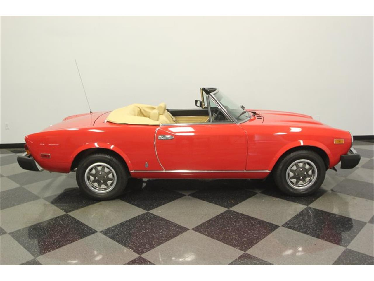 Large Picture of '80 Spider - $21,995.00 - Q5HU