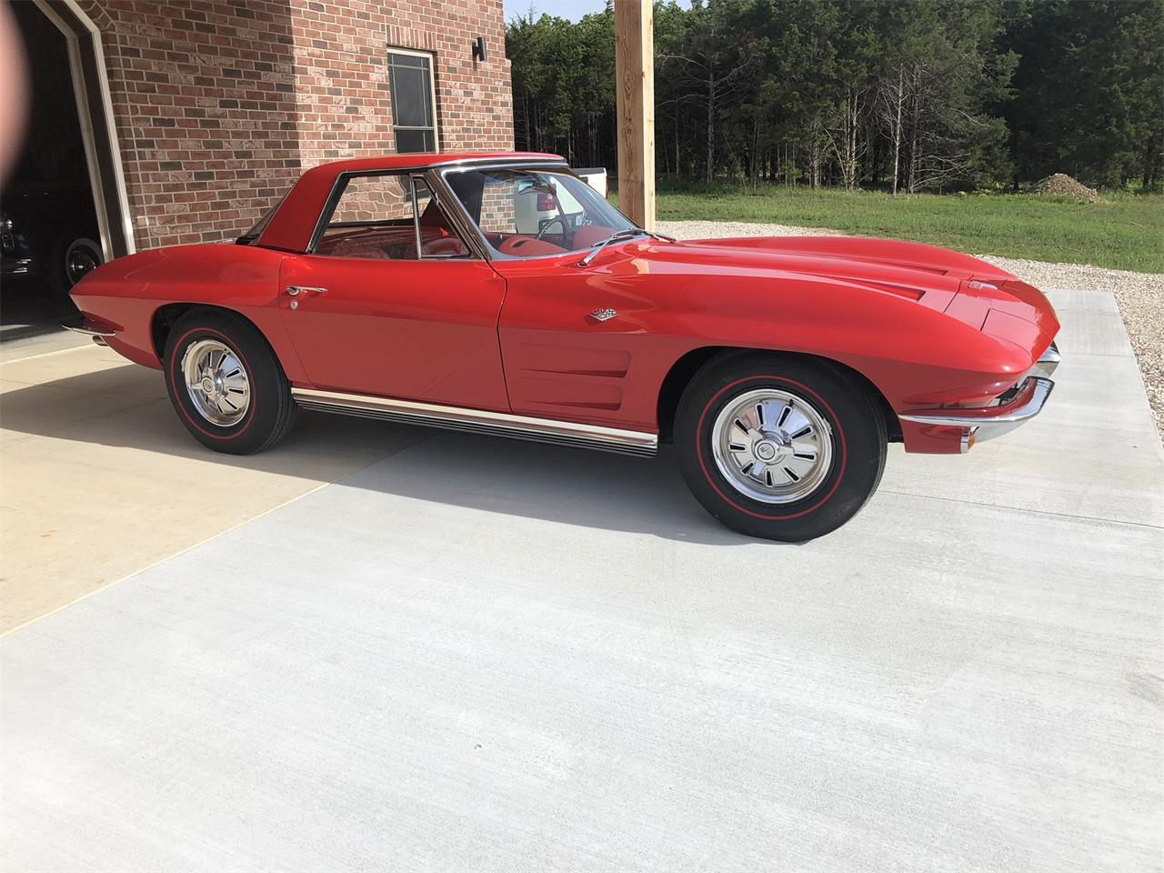 Large Picture of '64 Corvette - Q6QQ