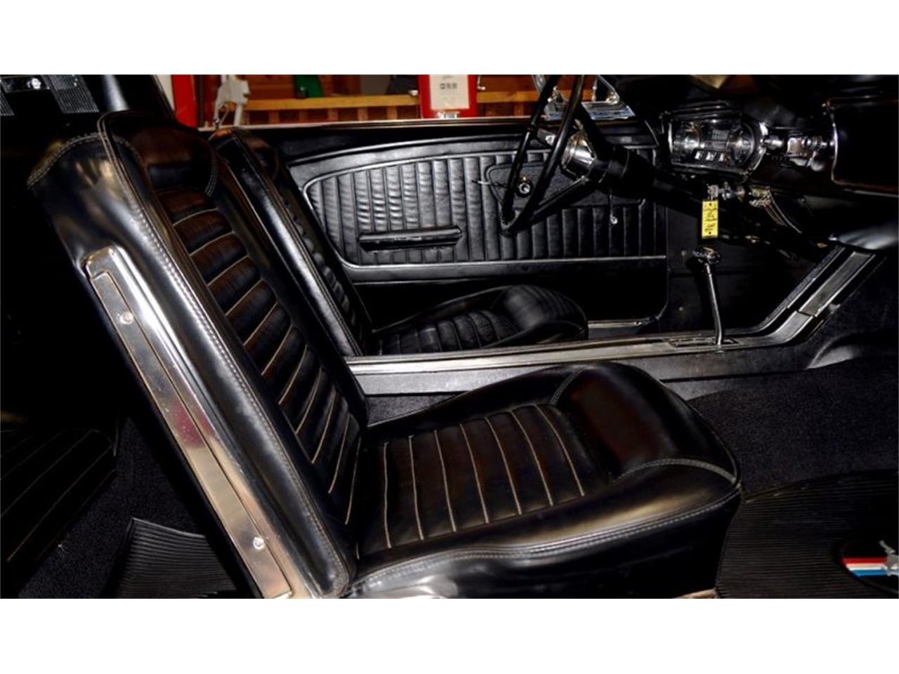 Large Picture of Classic 1965 Ford Mustang located in Indianapolis Indiana Offered by a Private Seller - Q6QR