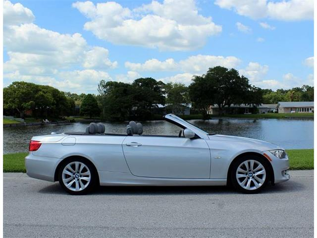 Picture of 2012 BMW 3 Series located in Florida Offered by  - Q6R5