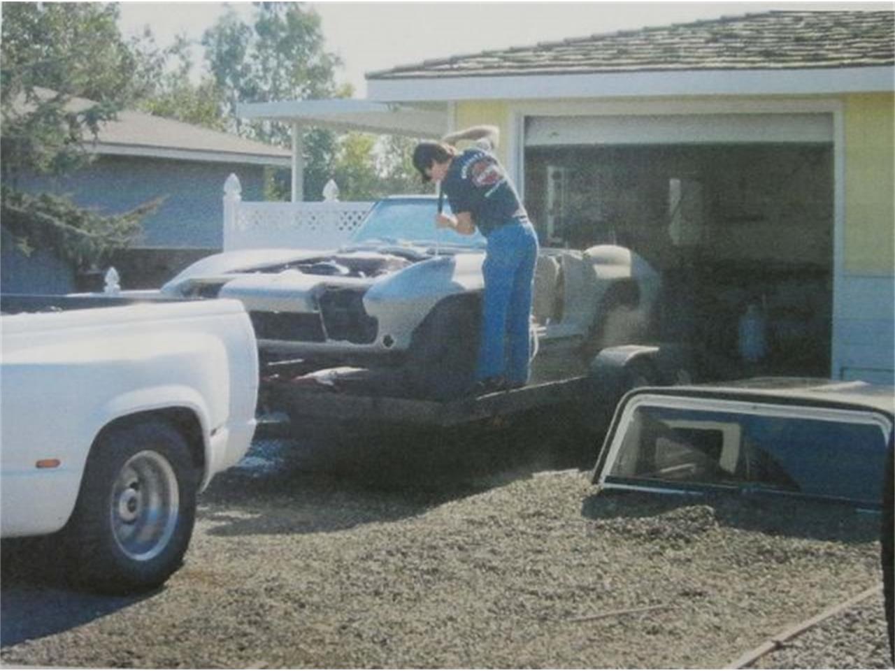 Large Picture of '66 Corvette - Q6RU