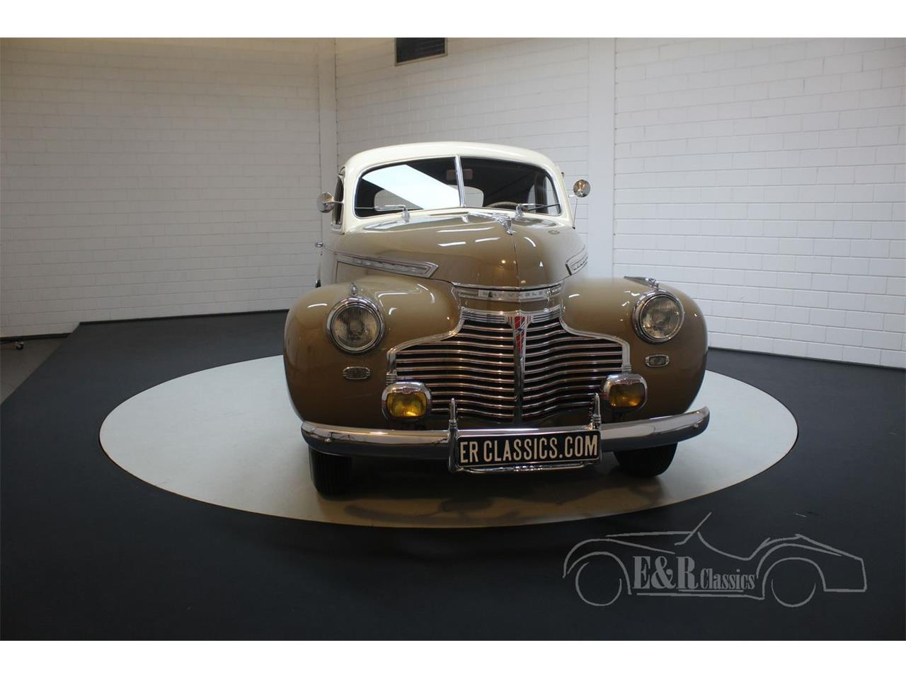 Large Picture of '41 Special Deluxe - Q6S3