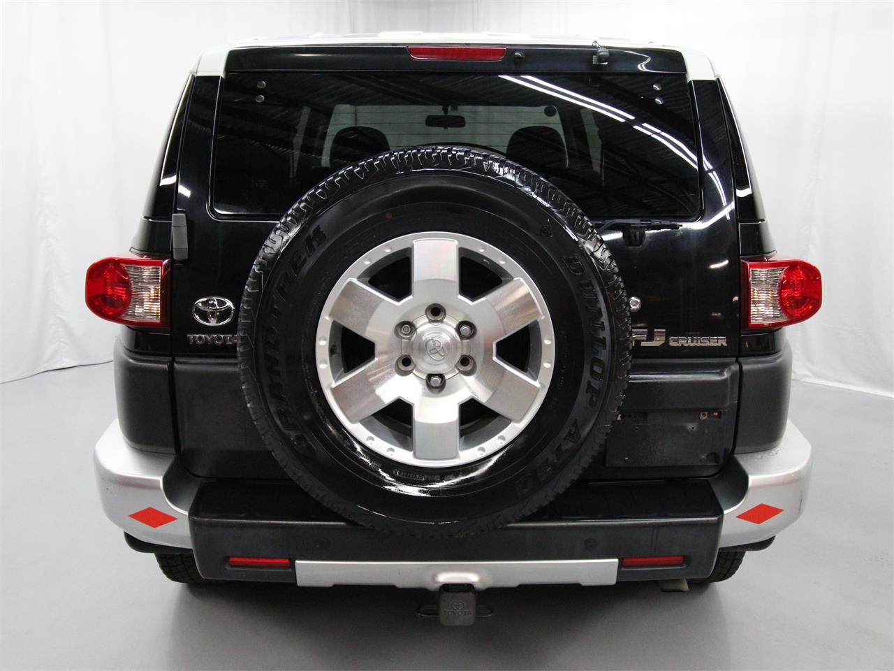 Large Picture of '07 Toyota FJ Cruiser - $21,780.00 Offered by Duncan Imports & Classic Cars - Q6UM