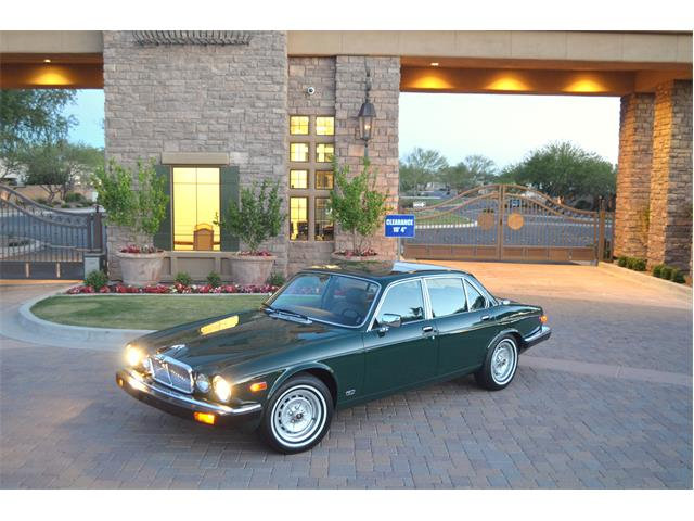 Picture of '86 XJ6 - Q71S