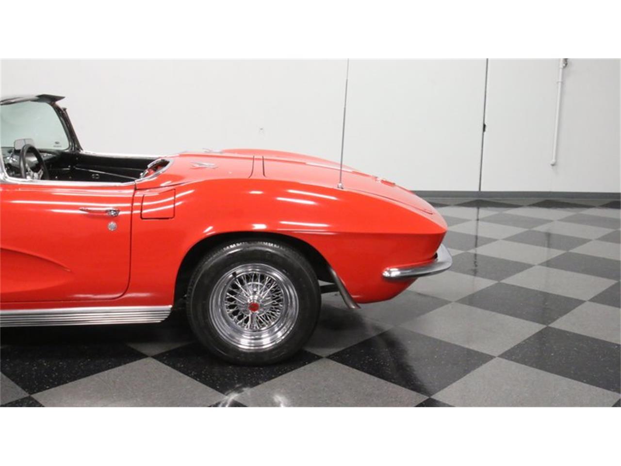 Large Picture of Classic '62 Chevrolet Corvette - Q72N