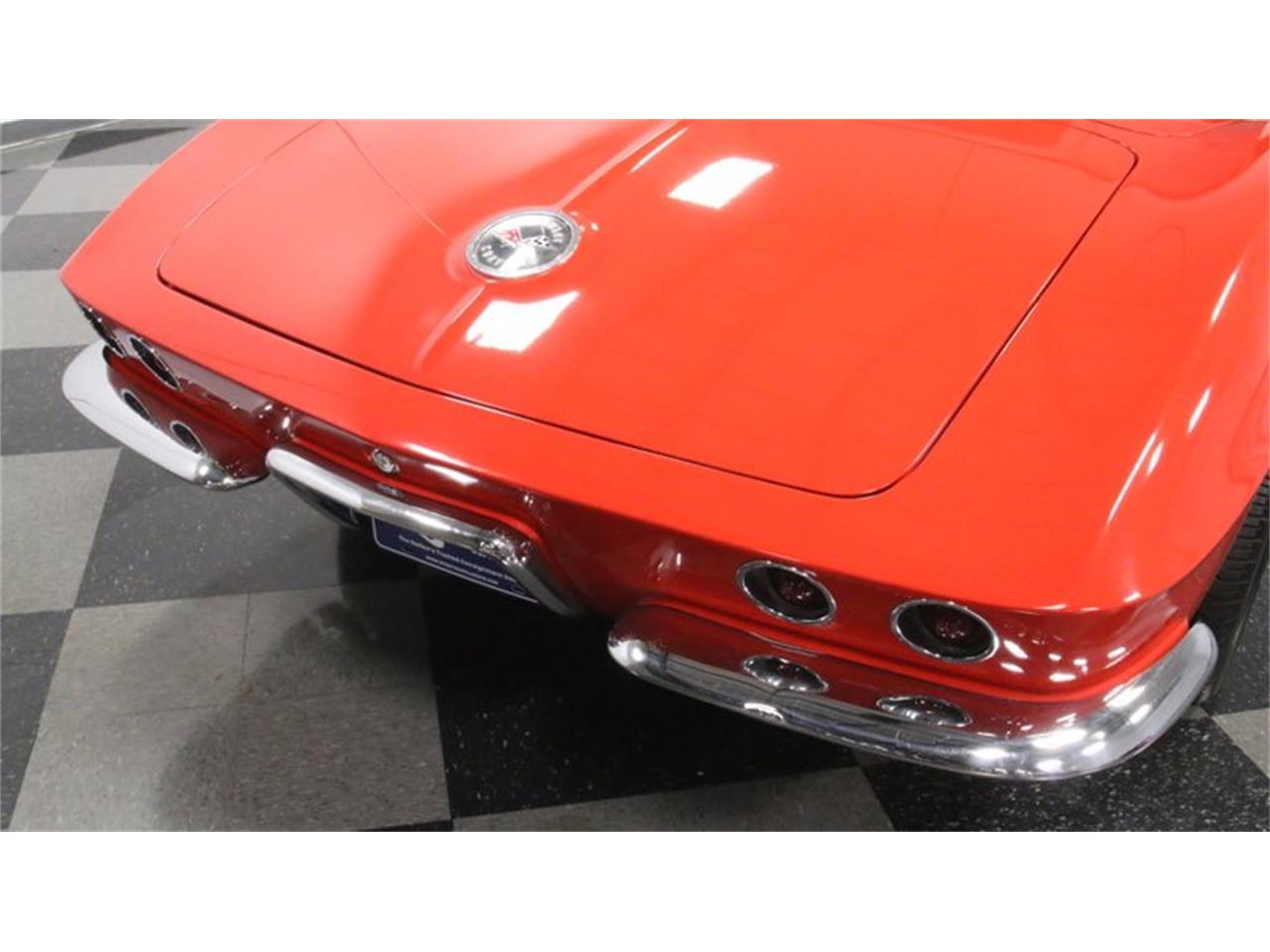 Large Picture of Classic '62 Corvette - Q72N