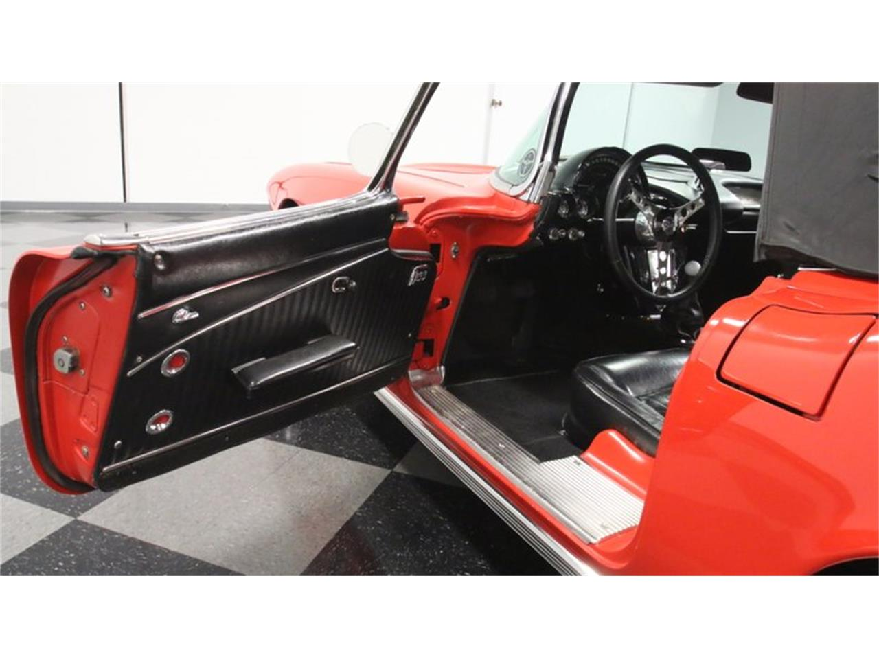 Large Picture of Classic '62 Chevrolet Corvette located in Lithia Springs Georgia - $60,995.00 Offered by Streetside Classics - Atlanta - Q72N