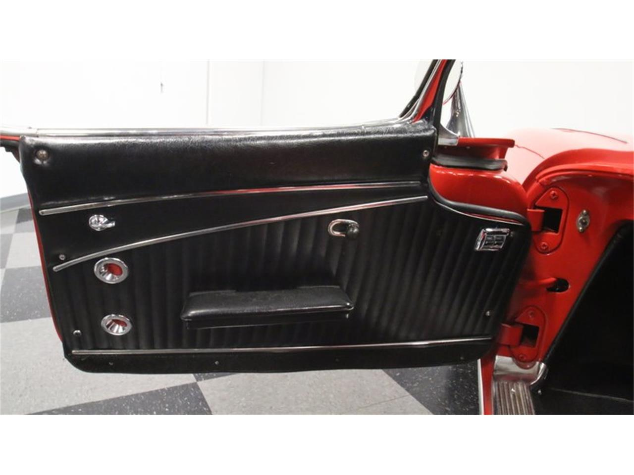 Large Picture of '62 Corvette Offered by Streetside Classics - Atlanta - Q72N