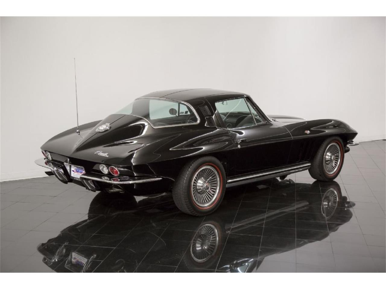 Large Picture of 1965 Chevrolet Corvette Stingray located in Missouri - $82,900.00 Offered by St. Louis Car Museum - Q5J6