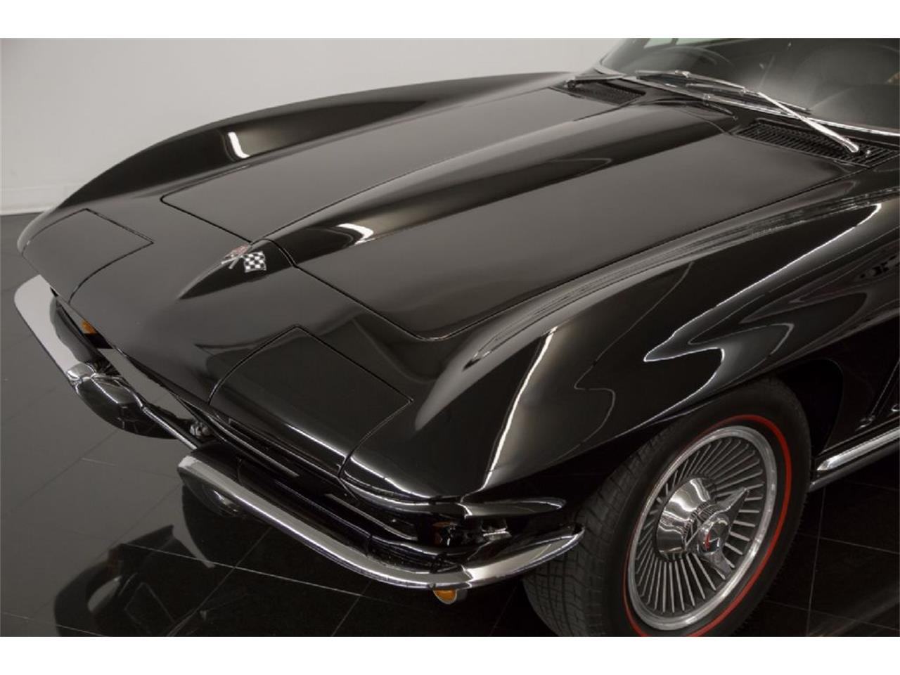 Large Picture of Classic '65 Chevrolet Corvette Stingray located in St. Louis Missouri - Q5J6