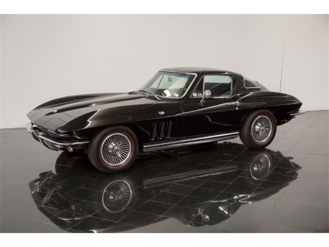 Large Picture of '65 Chevrolet Corvette Stingray located in St. Louis Missouri - $82,900.00 - Q5J6
