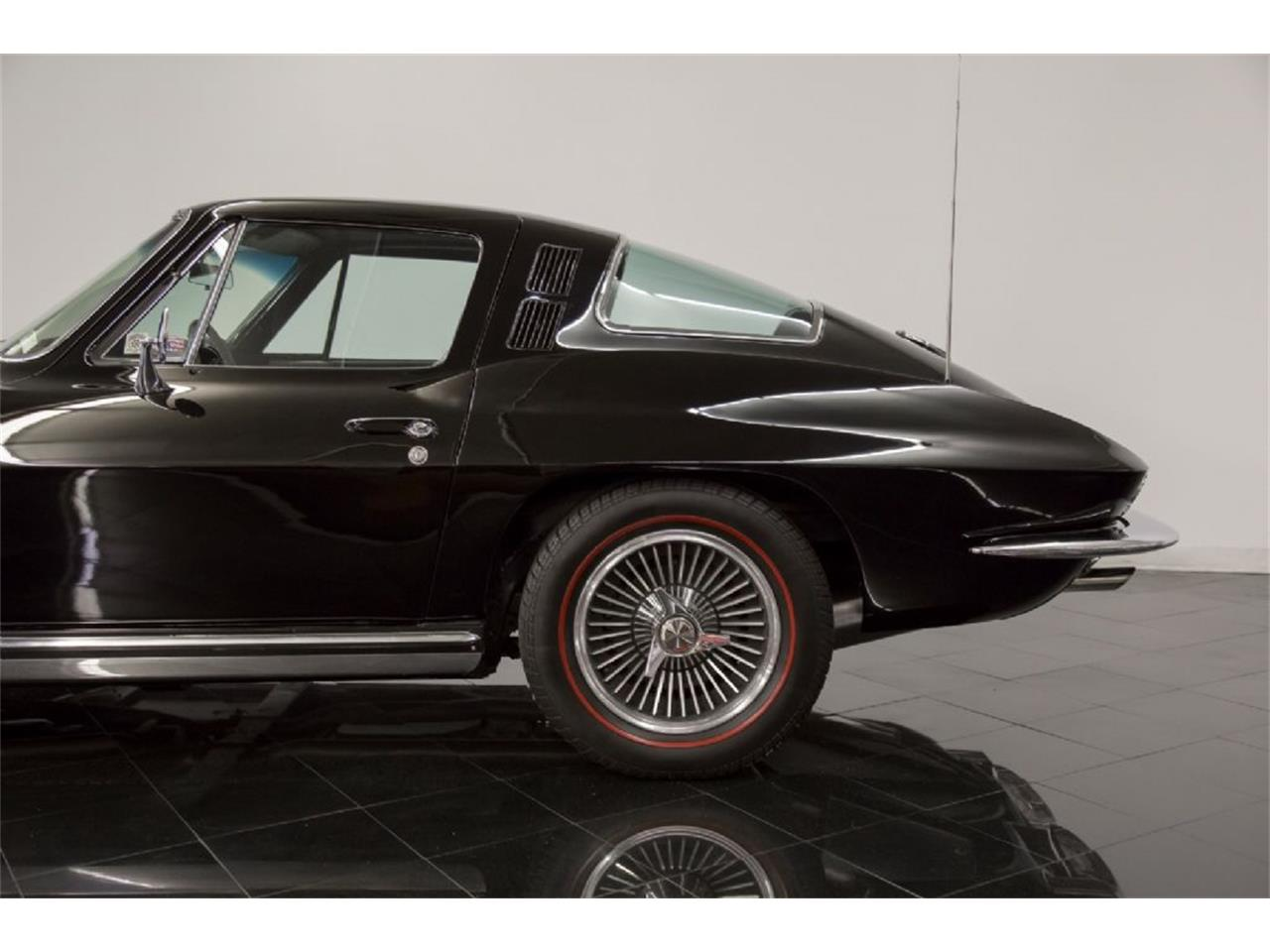 Large Picture of Classic '65 Chevrolet Corvette Stingray located in St. Louis Missouri - $82,900.00 - Q5J6