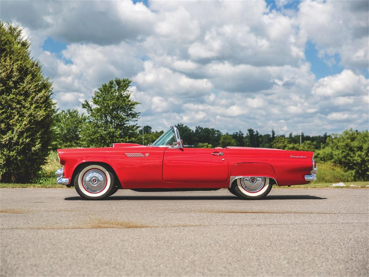 Large Picture of '55 Thunderbird - Q5J9