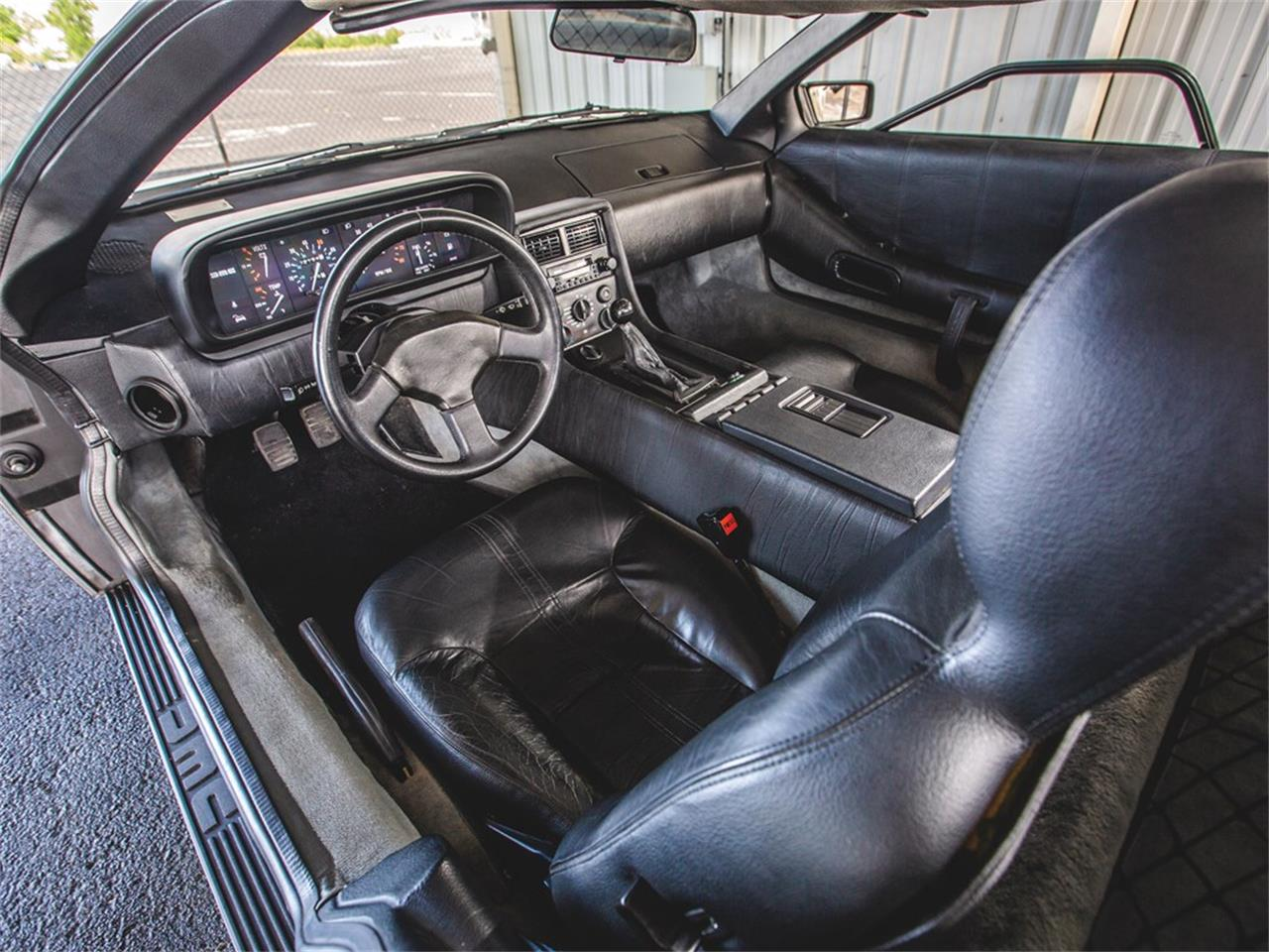 Large Picture of '83 DMC-12 located in Indiana Auction Vehicle - Q5JH