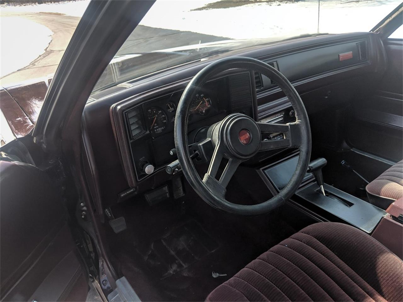 Large Picture of '85 Monte Carlo SS - Q5JM