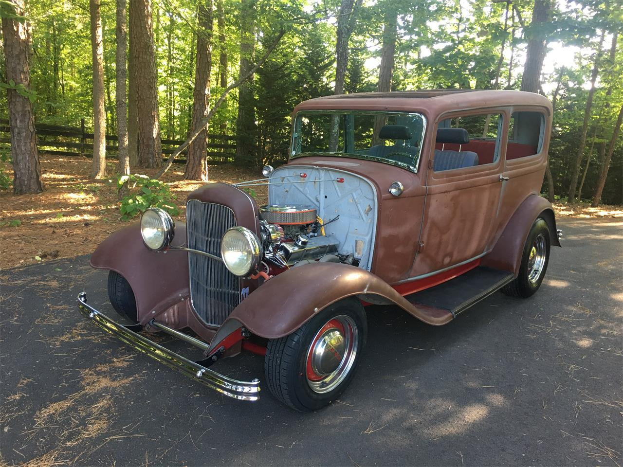Large Picture of Classic 1932 Ford Tudor located in Kennesaw Georgia - Q796