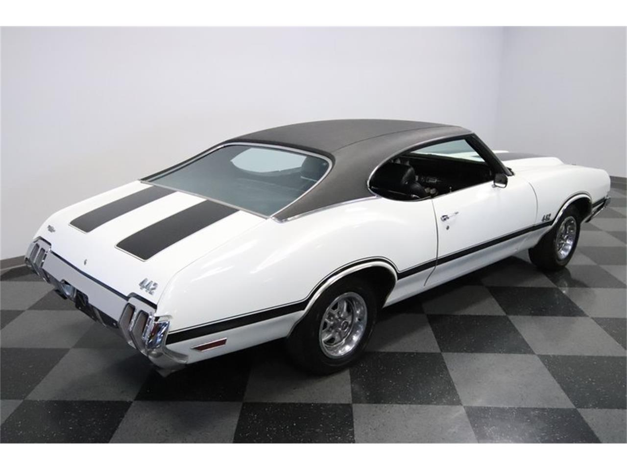 Large Picture of 1970 442 - $34,995.00 Offered by Streetside Classics - Phoenix - Q7BT