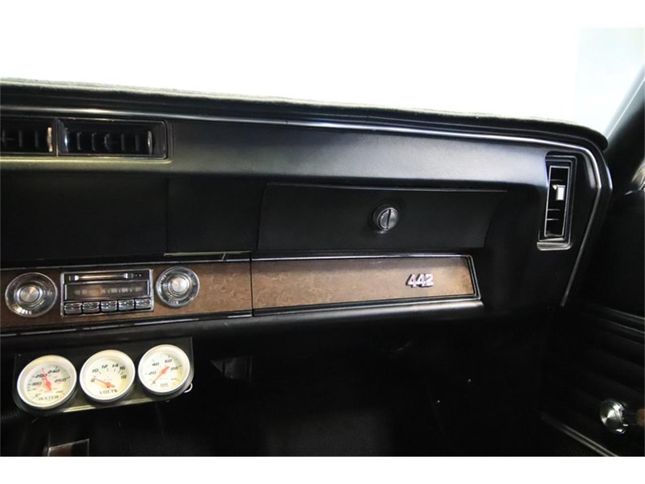 Large Picture of '70 Oldsmobile 442 - Q7BT