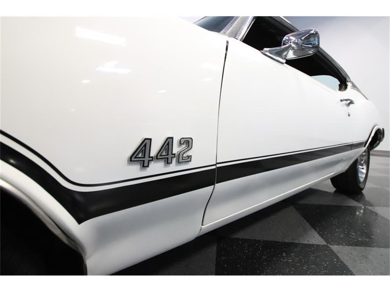 Large Picture of Classic '70 Oldsmobile 442 located in Mesa Arizona - $34,995.00 Offered by Streetside Classics - Phoenix - Q7BT