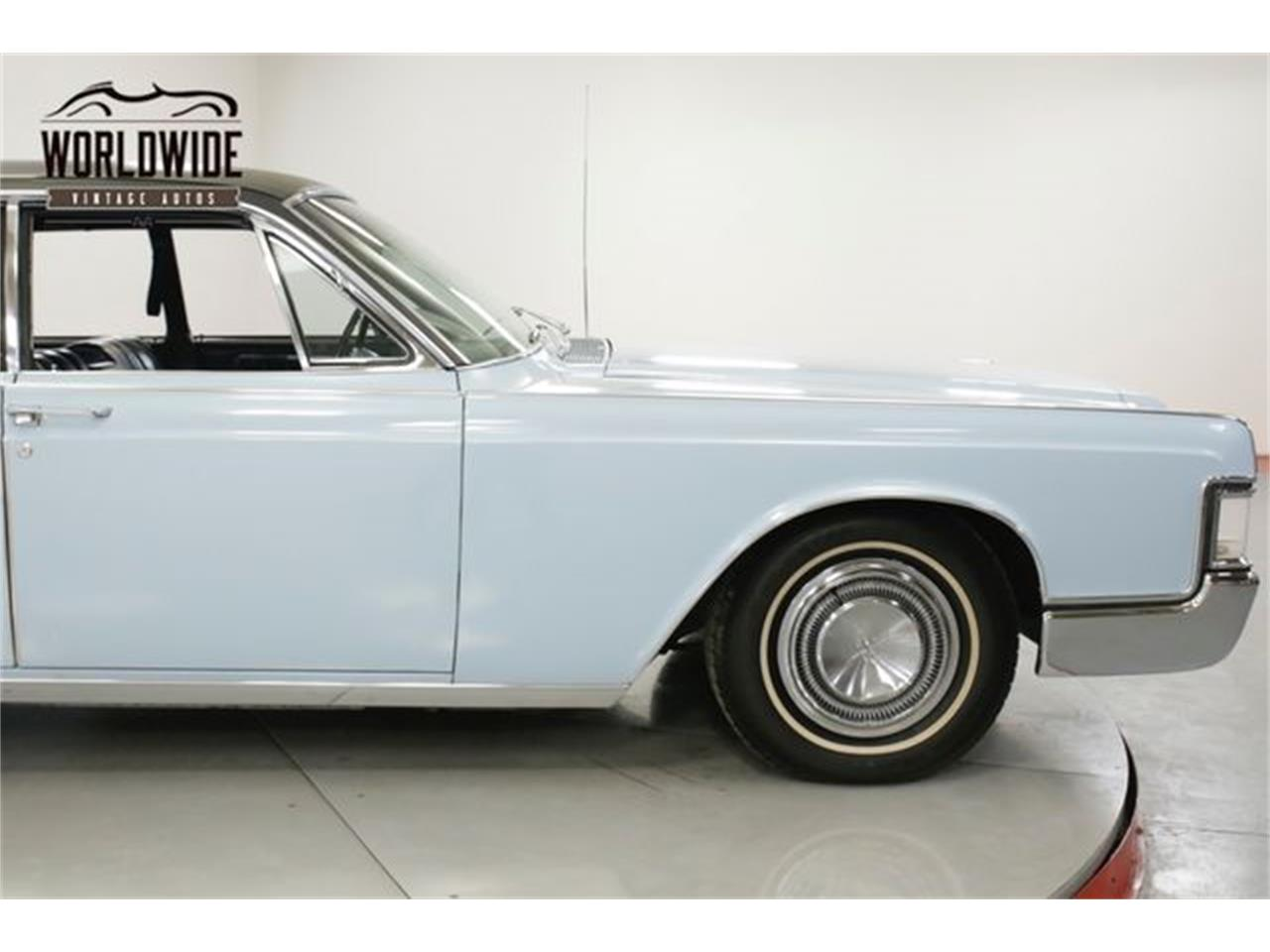 Large Picture of '68 Continental - Q7BV