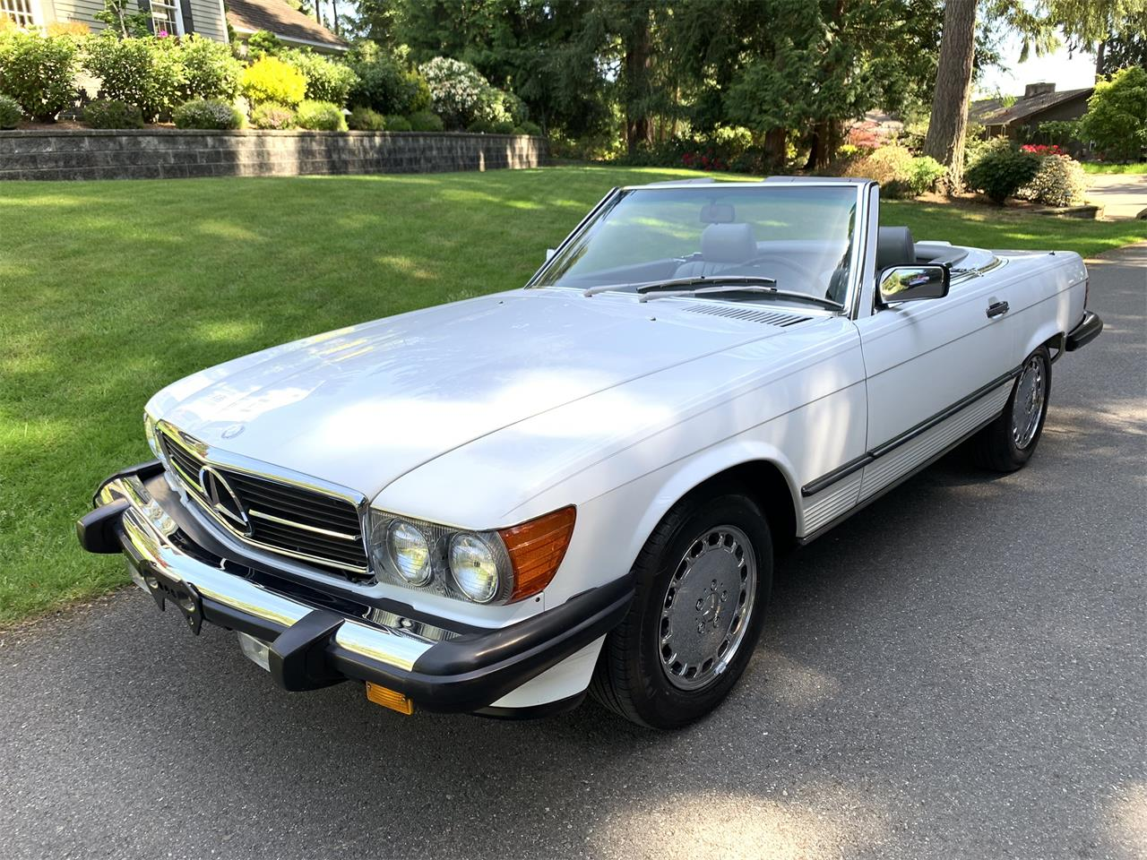 Large Picture of 1988 560SL Offered by Bring A Trailer - Q5KJ