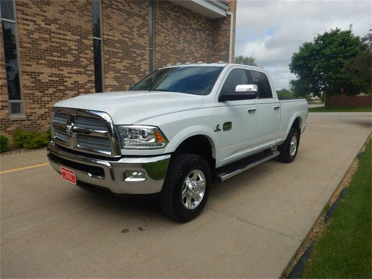 Large Picture of 2013 Ram 2500 located in Iowa - $37,995.00 - Q7IS