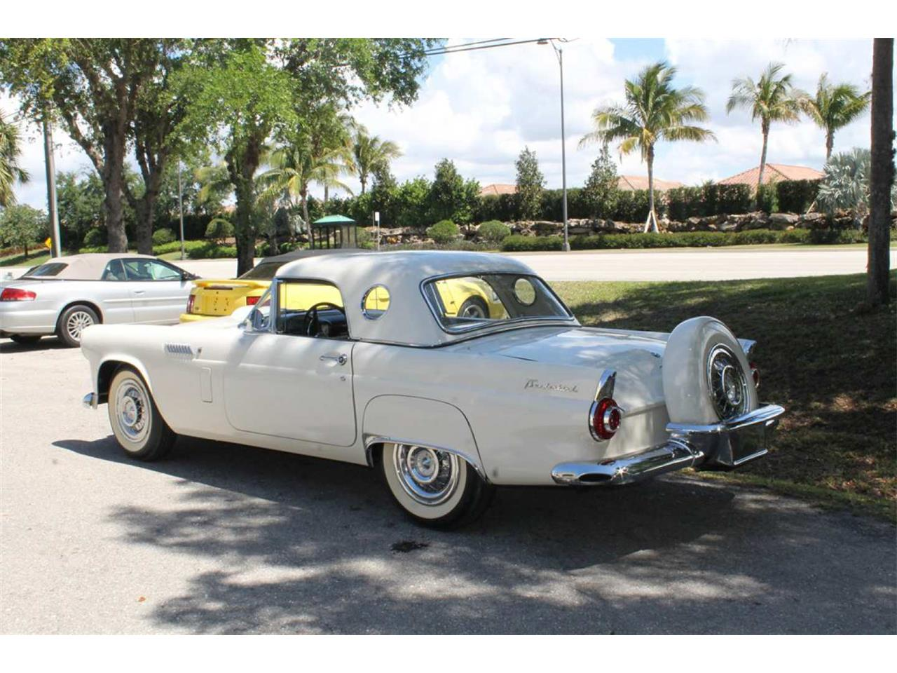 Large Picture of Classic 1956 Ford Thunderbird Auction Vehicle - Q7KU