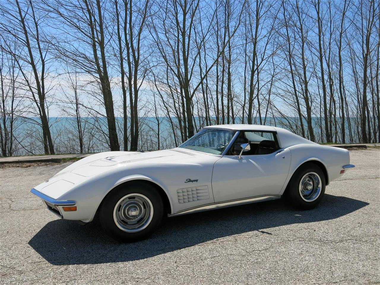Large Picture of Classic 1972 Corvette - Q7LN