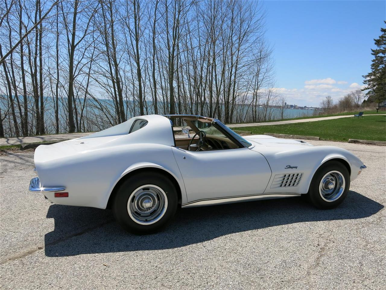Large Picture of Classic '72 Corvette located in Wisconsin Offered by Diversion Motors - Q7LN