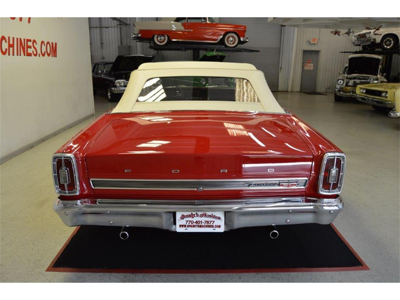 Large Picture of '66 Ford Fairlane 500 XL located in Georgia - Q7MJ