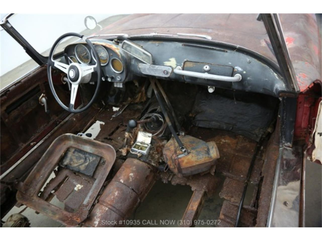 Large Picture of 1960 Alfa Romeo 2000 - $24,750.00 Offered by Beverly Hills Car Club - Q7PC