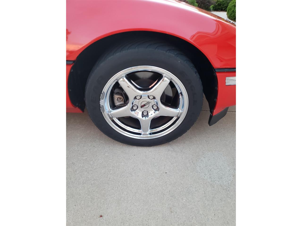 Large Picture of '90 Corvette ZR1 located in Cedar Rapids Iowa - Q811