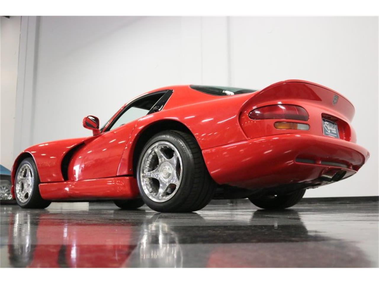 Large Picture of '98 Viper - Q81S