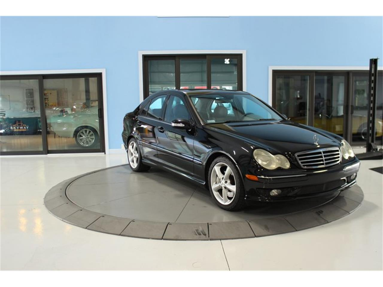 Large Picture of '05 C-Class - Q83A