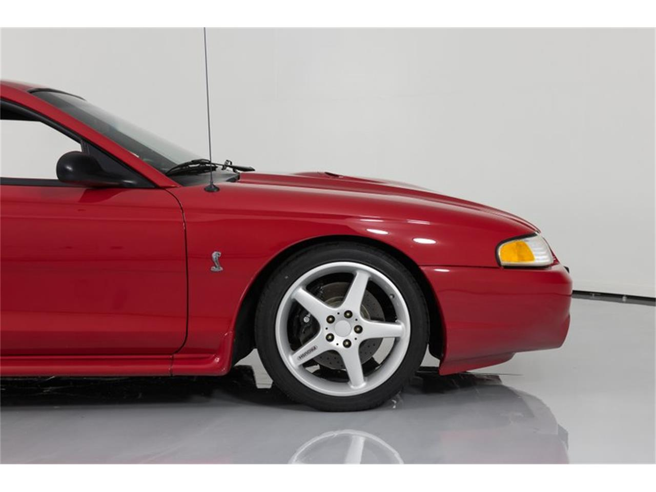 Large Picture of '97 Ford Mustang - Q83F