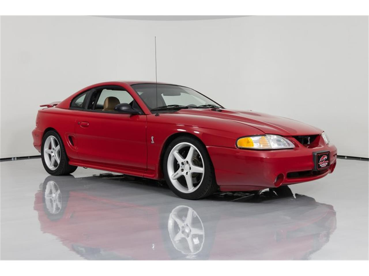 Large Picture of '97 Ford Mustang - $16,995.00 - Q83F