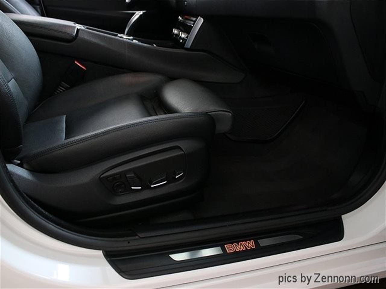 Large Picture of 2015 BMW 5 Series - Q857
