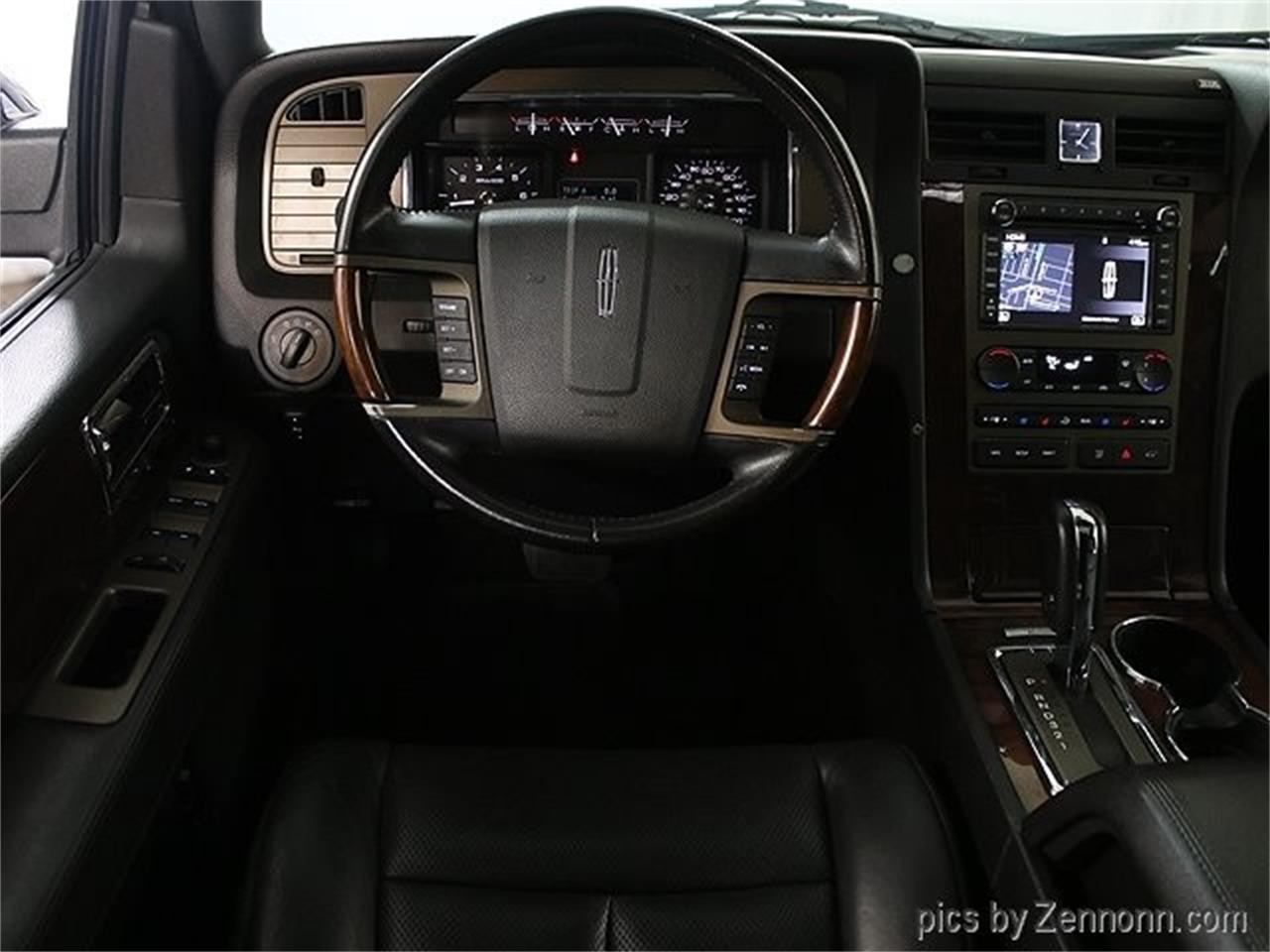 Large Picture of '12 Navigator located in Illinois - $16,990.00 Offered by Auto Gallery Chicago - Q860