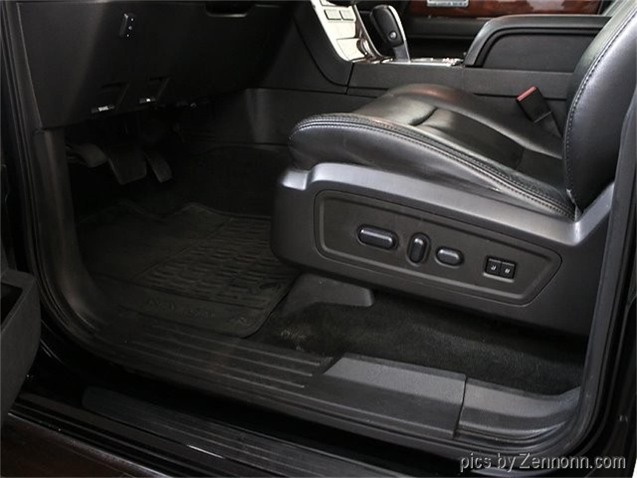 Large Picture of 2012 Lincoln Navigator located in Addison Illinois - $16,990.00 - Q860