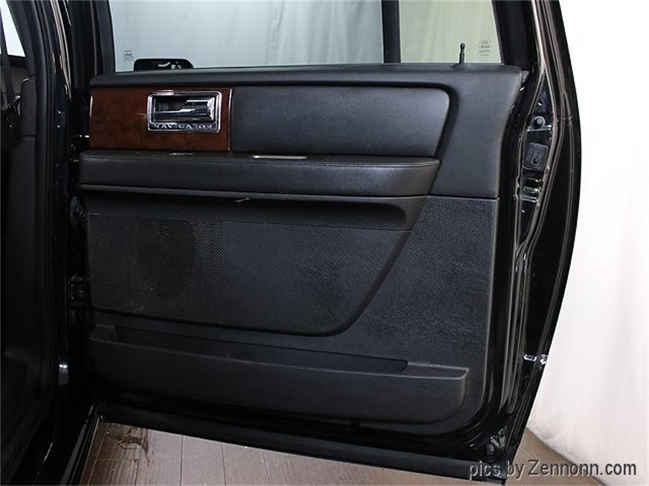 Large Picture of '12 Lincoln Navigator - Q860
