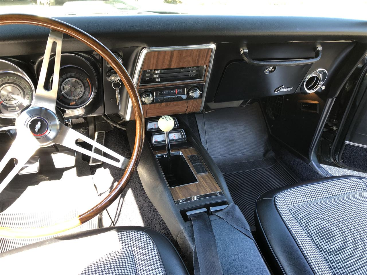 Large Picture of '68 Camaro located in Olympia Washington - $42,500.00 - Q8FK